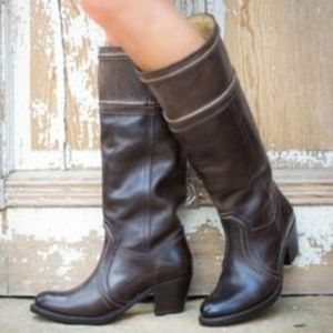 Frye Jane 14L Stitch - Dark Brown Boot sz 8